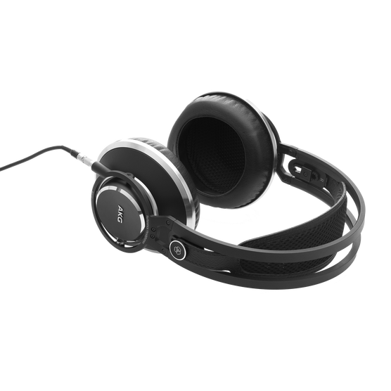 K872 - Black - Master reference closed-back headphones - Detailshot 2