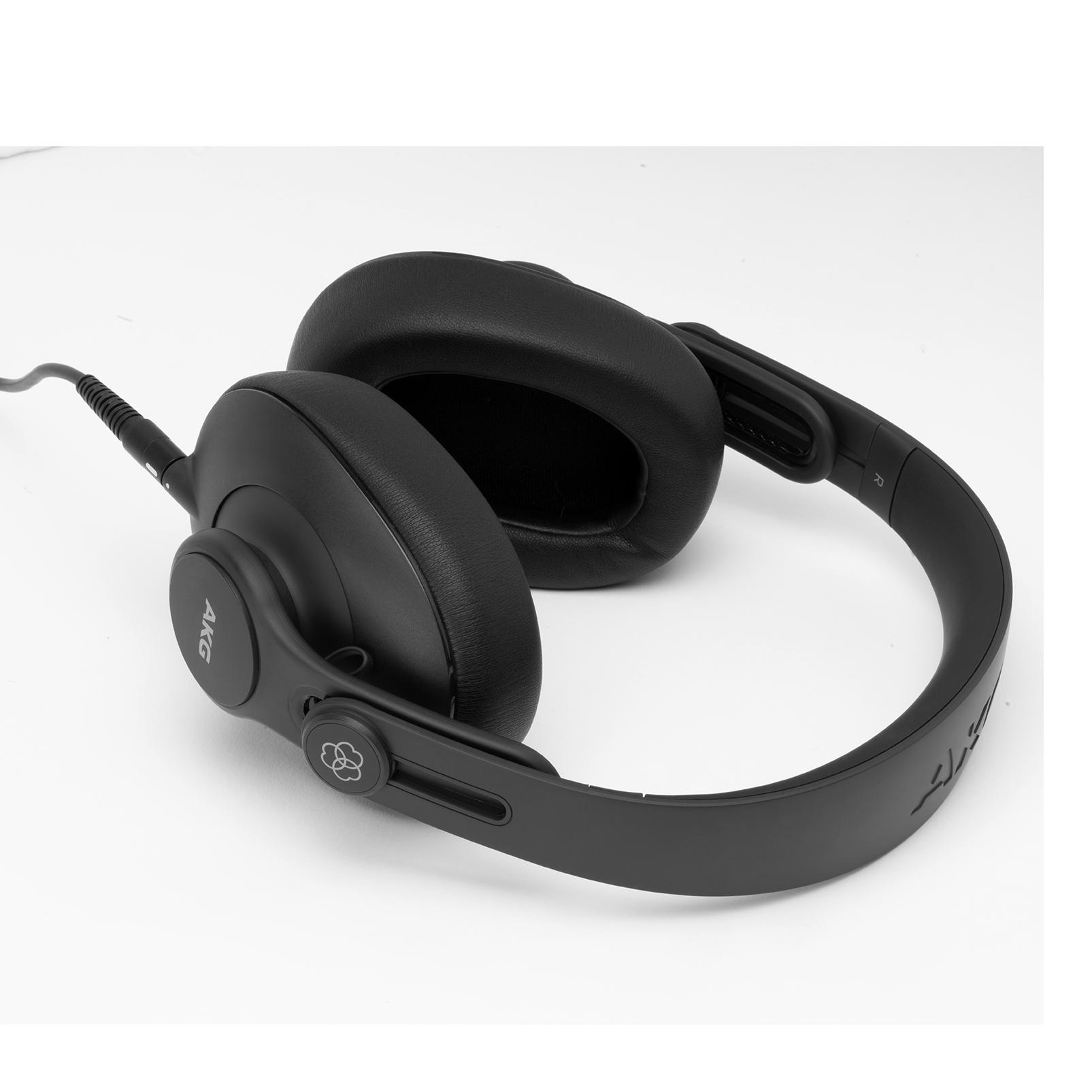 K361 - Black - Over-ear, closed-back, foldable studio headphones  - Detailshot 3
